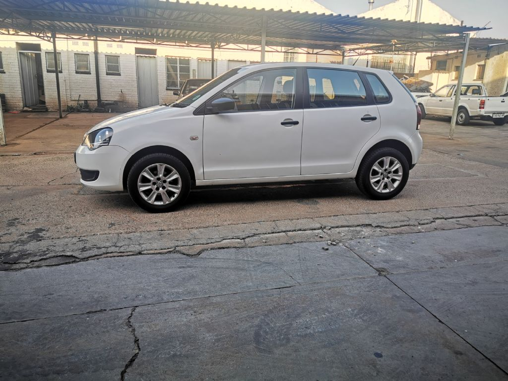 used-volkswagen-polo-vivo-2951184-4.jpg