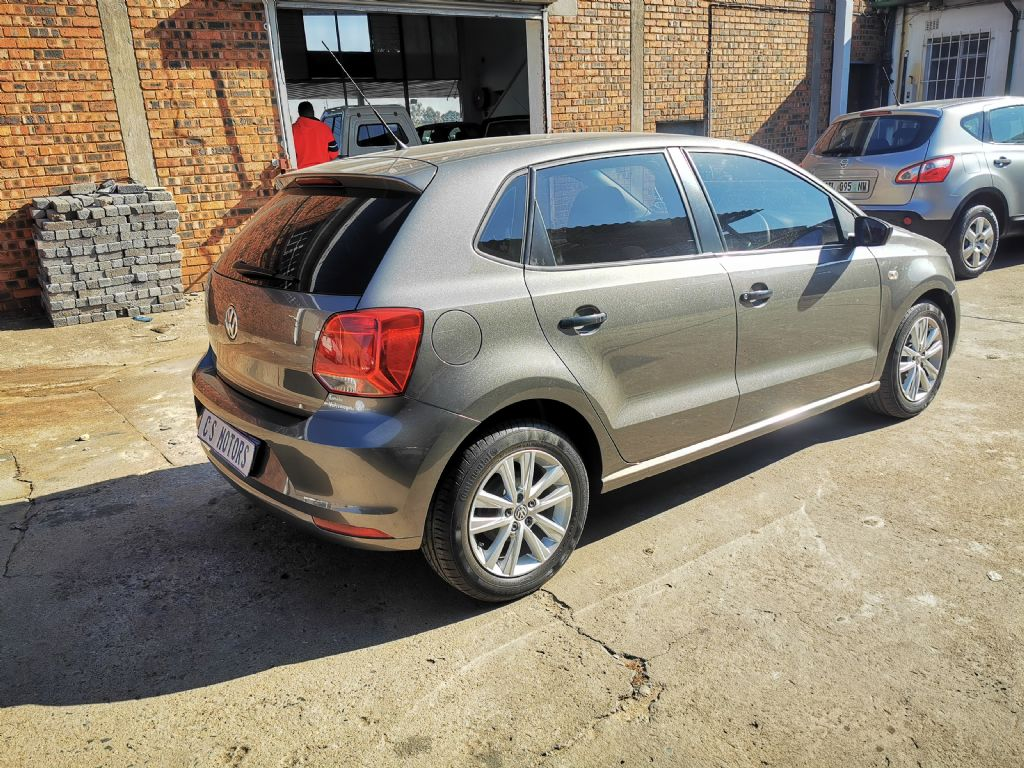 used-volkswagen-polo-vivo-2954892-7.jpg