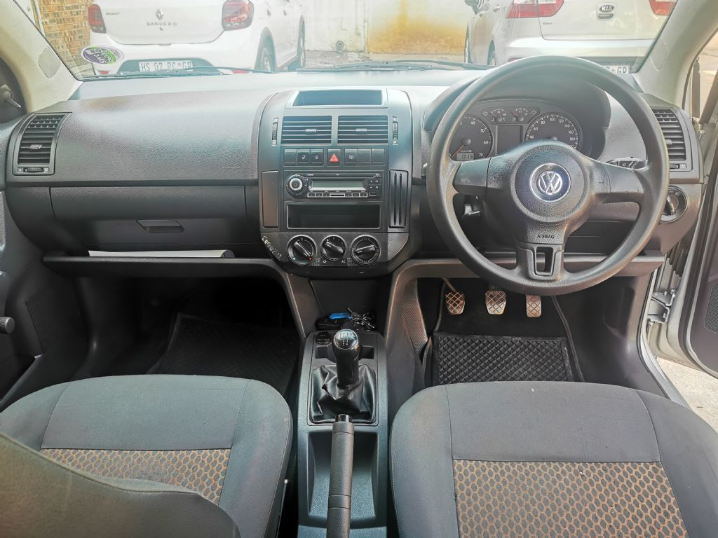 used-volkswagen-polo-vivo-2961538-7.jpg