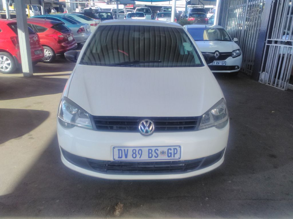 used-volkswagen-polo-vivo-2964730-1.jpg