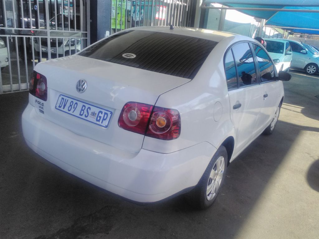 used-volkswagen-polo-vivo-2964730-7.jpg