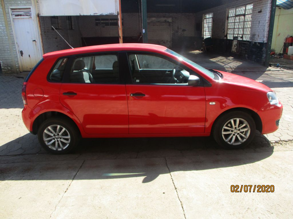 used-volkswagen-polo-vivo-2966159-4.jpg