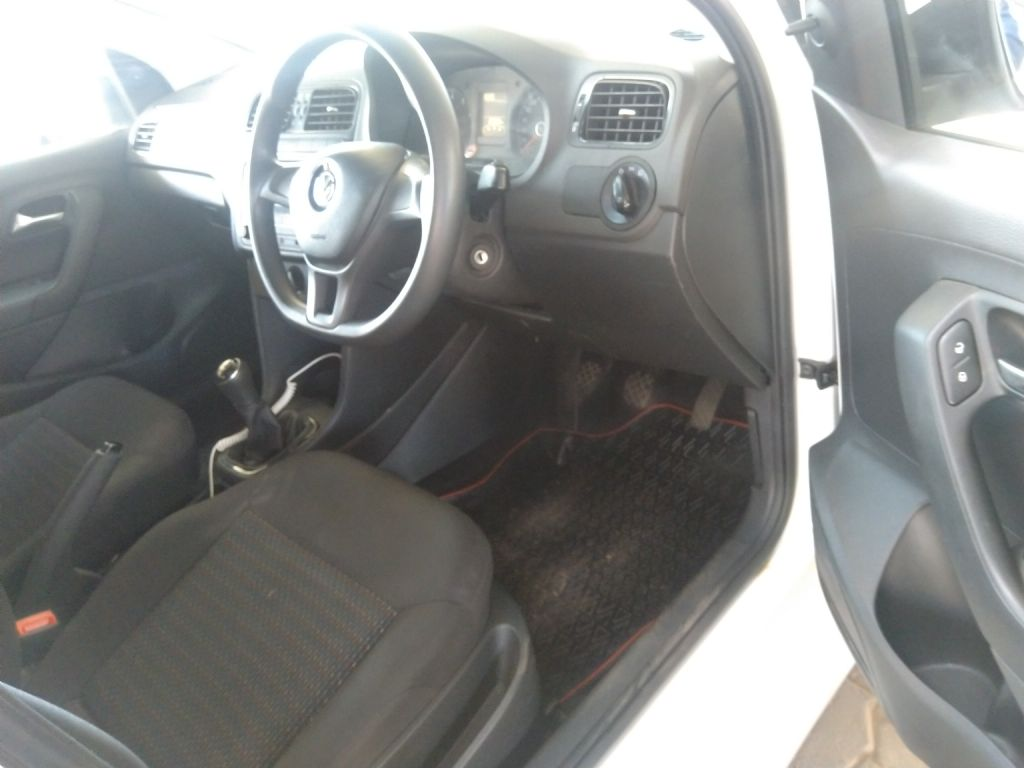 used-volkswagen-polo-vivo-2967840-8.jpg