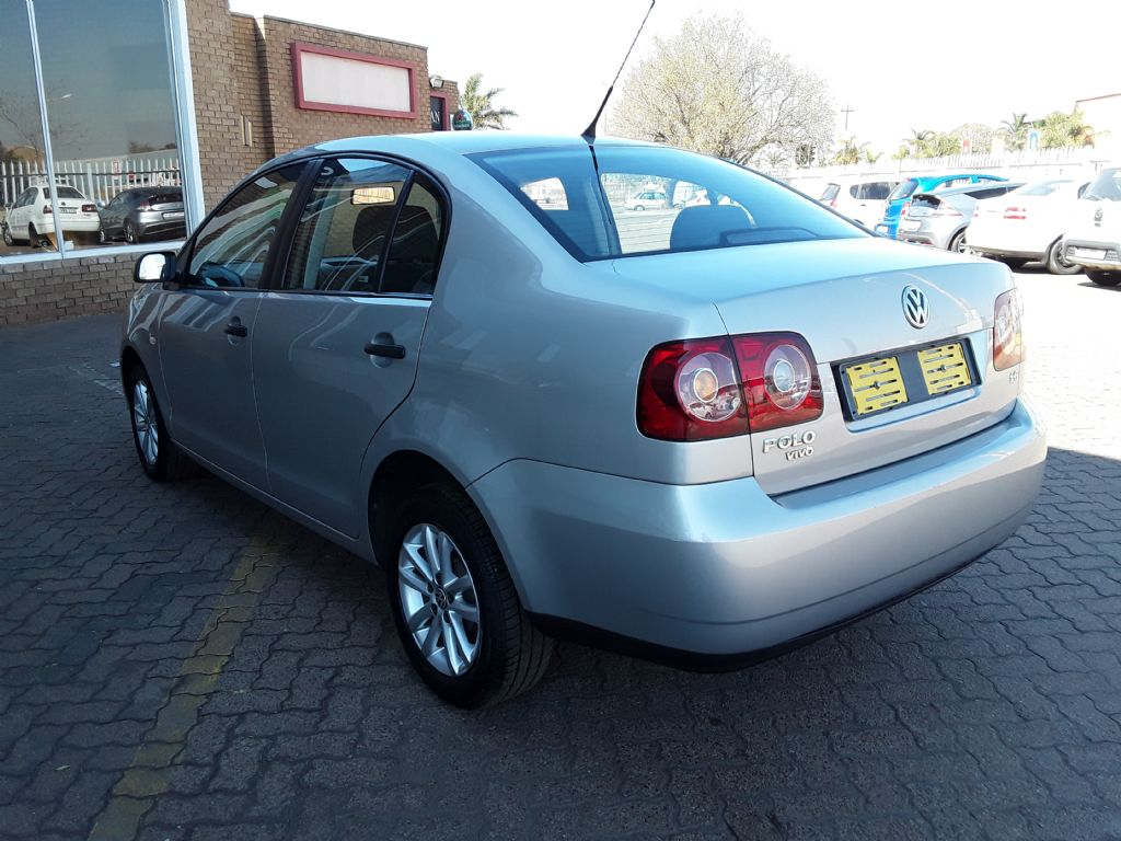 used-volkswagen-polo-vivo-2992339-5.jpg