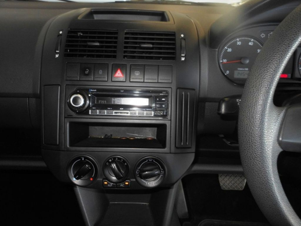 used-volkswagen-polo-vivo-2995679-8.jpg
