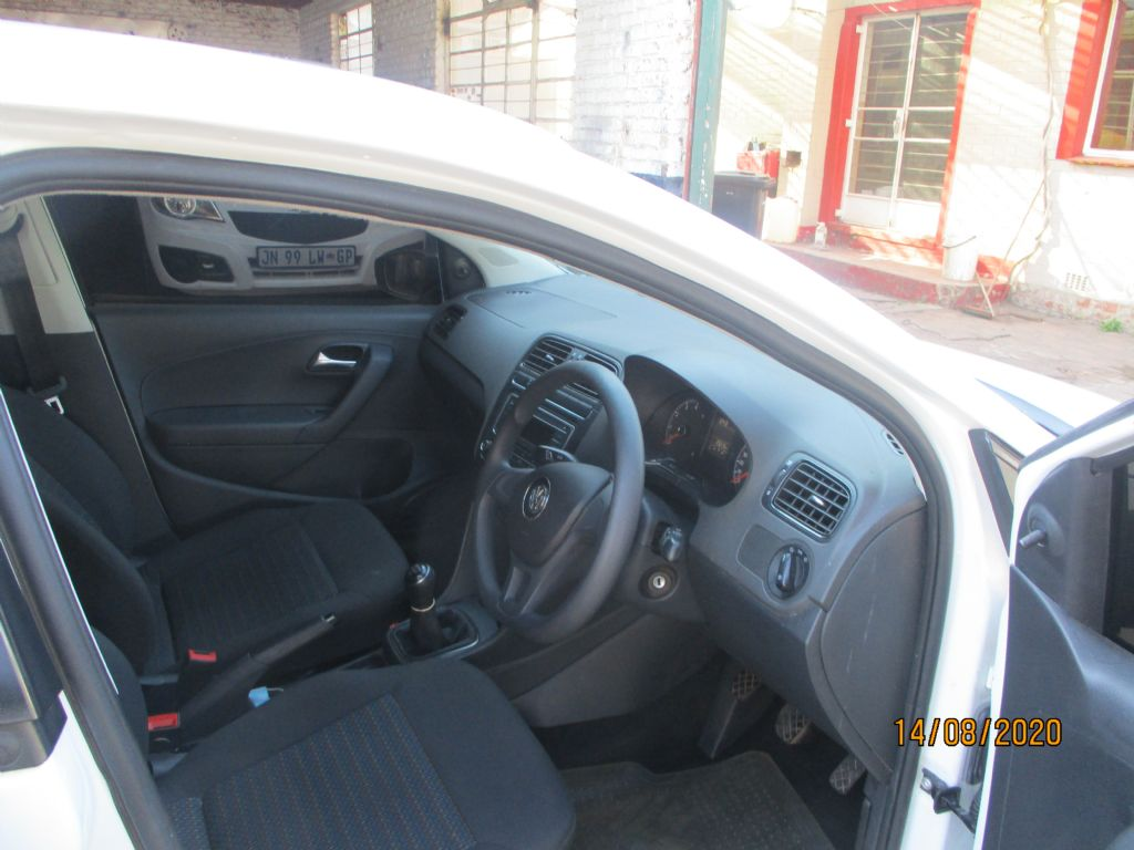 used-volkswagen-polo-vivo-3022393-5.jpg