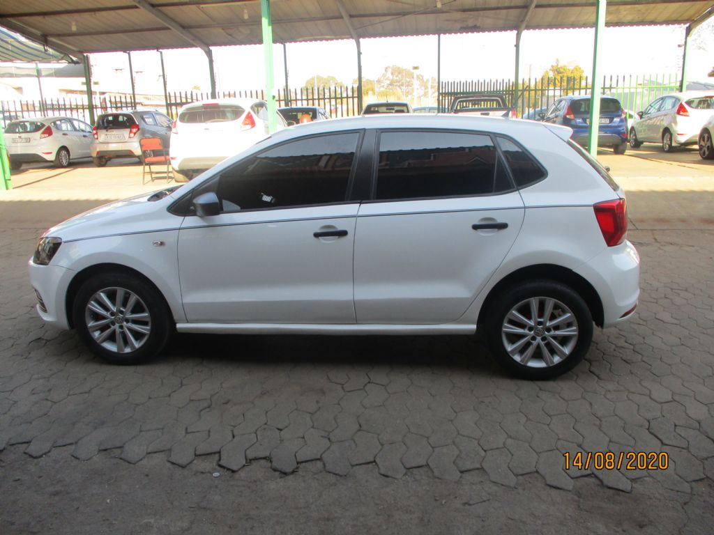 used-volkswagen-polo-vivo-3022393-9.jpg
