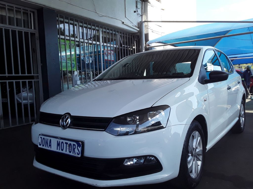 used-volkswagen-polo-vivo-3054390-3.jpg