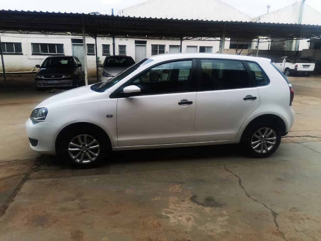 used-volkswagen-polo-vivo-3064113-3.jpg