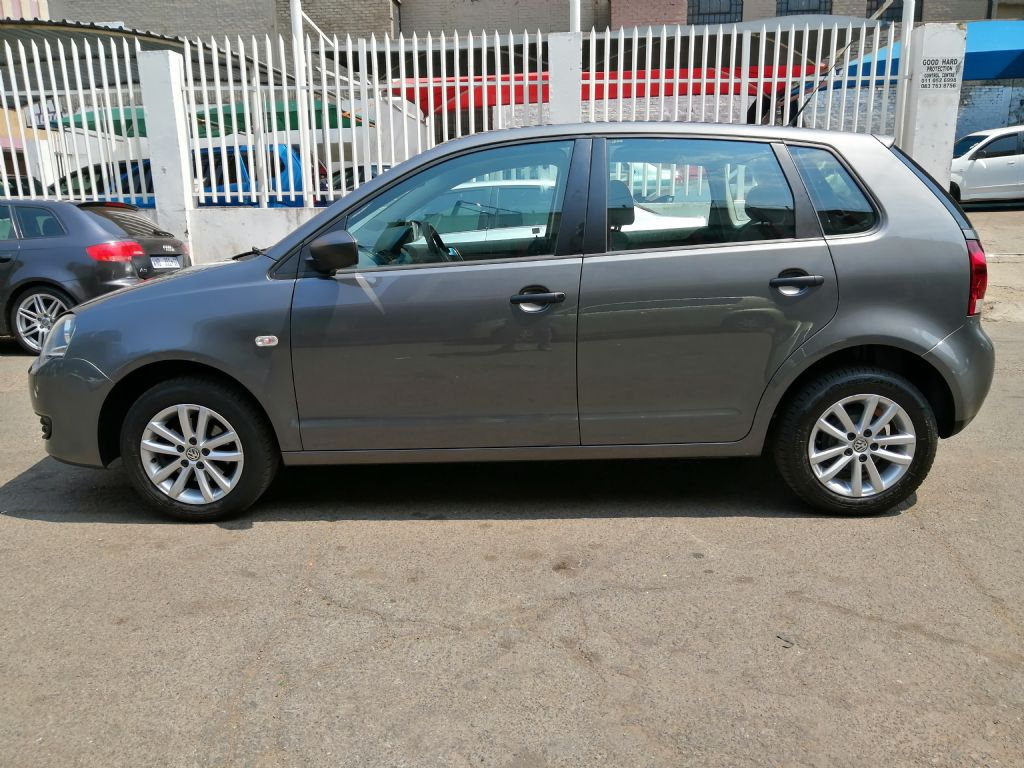 used-volkswagen-polo-vivo-3068380-1.jpg