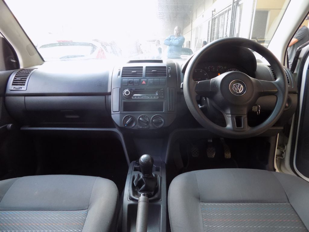 used-volkswagen-polo-vivo-3085932-8.jpg