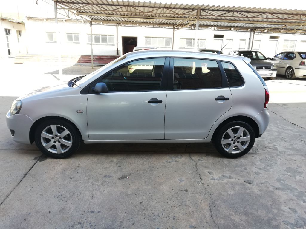 used-volkswagen-polo-vivo-3177886-4.jpg