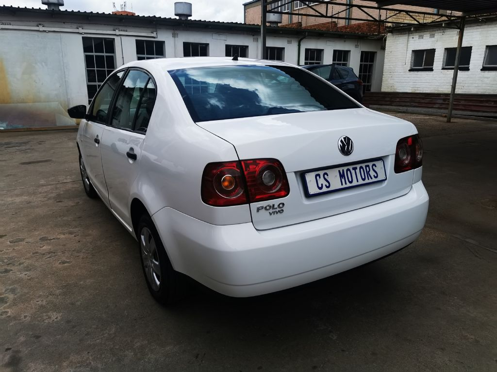 used-volkswagen-polo-vivo-3181306-4.jpg