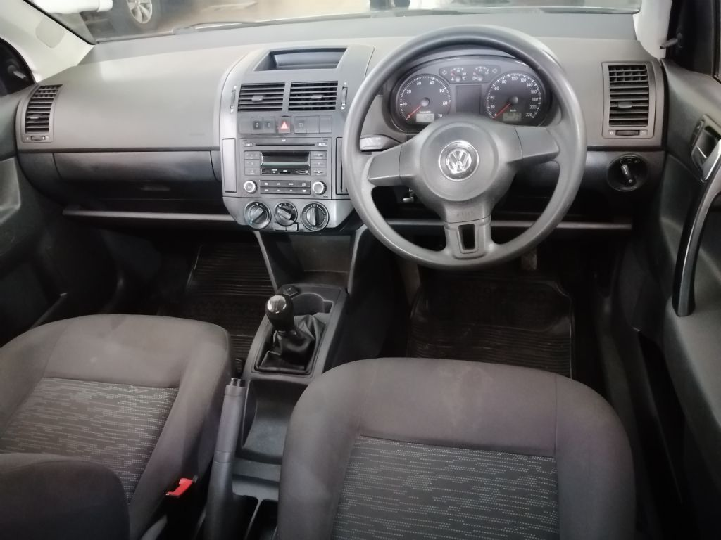 used-volkswagen-polo-vivo-3197778-4.jpg