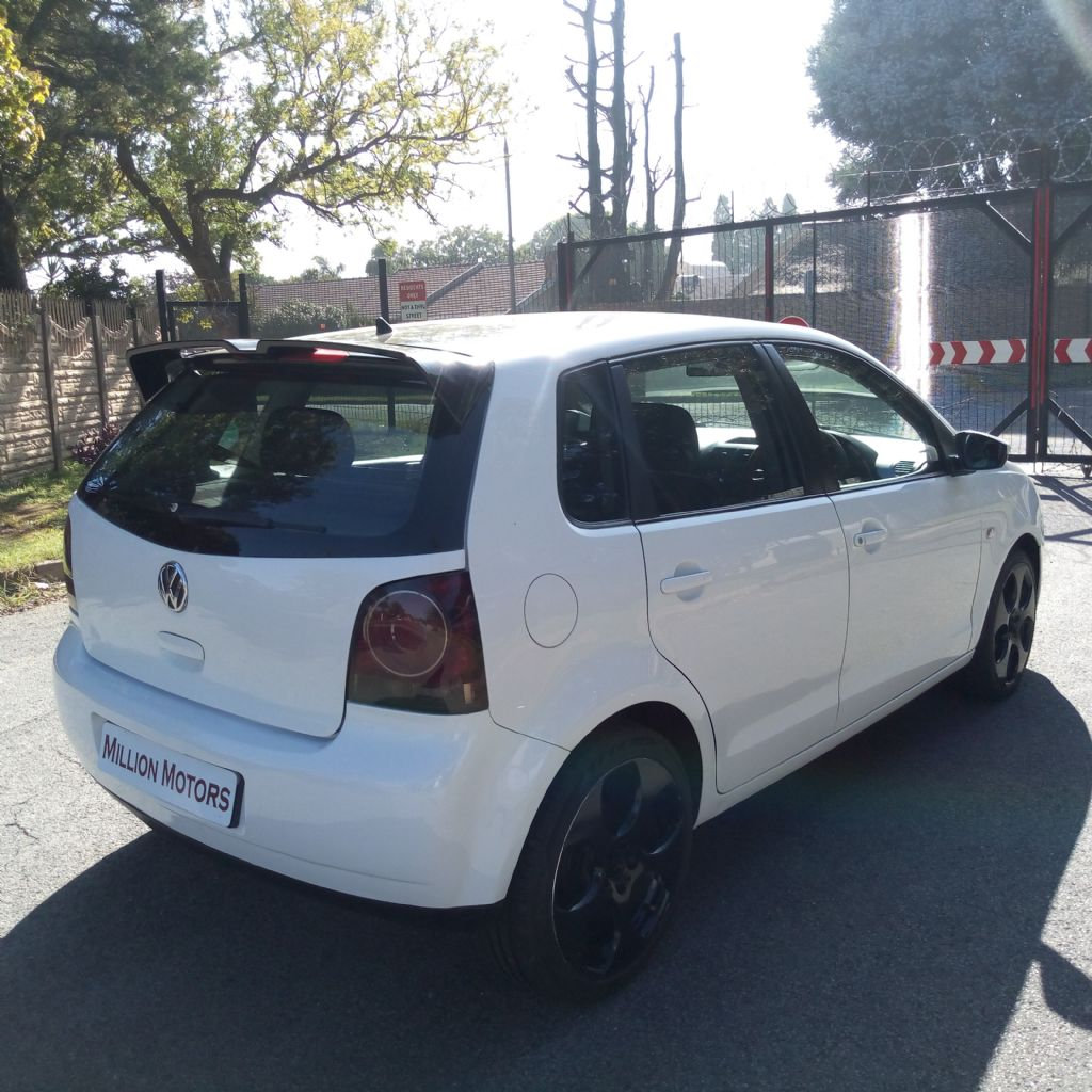 used-volkswagen-polo-vivo-3253384-8.jpg