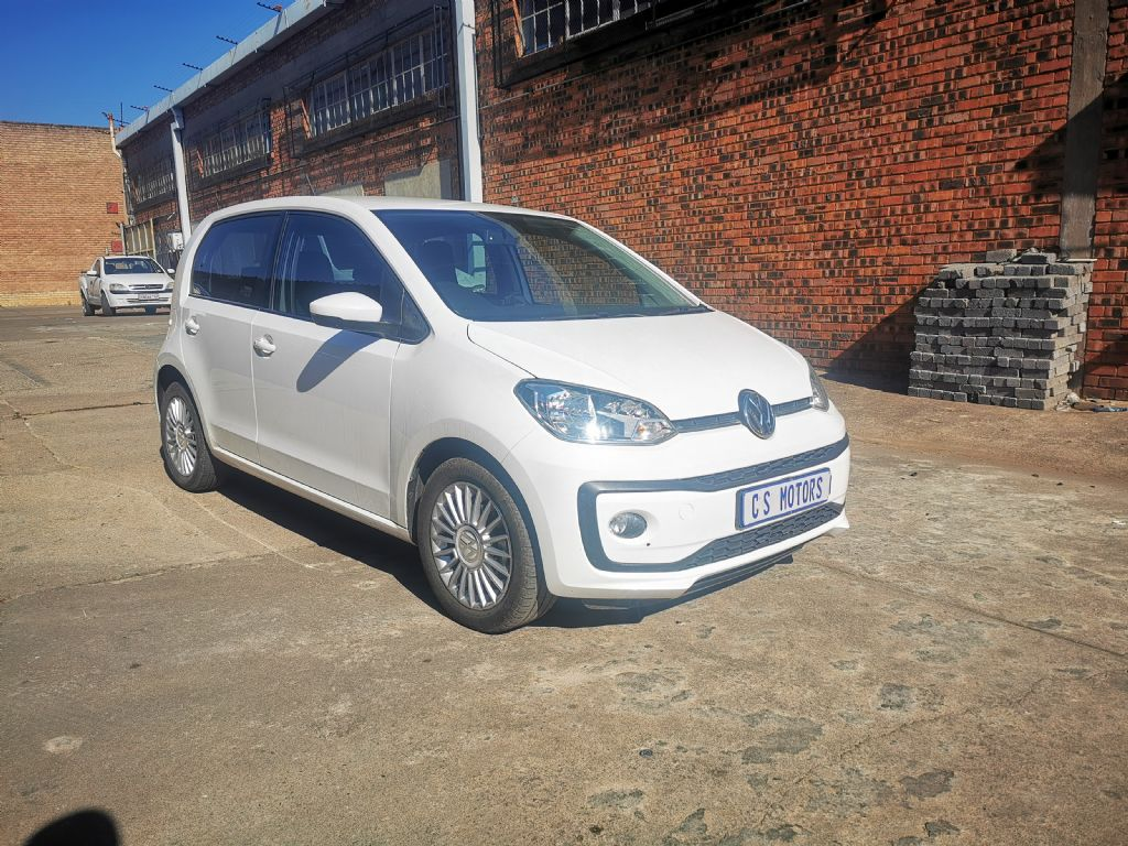used-volkswagen-up!-2958651-1.jpg