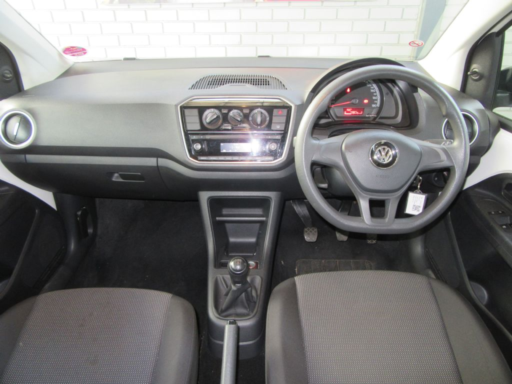 used-volkswagen-up!-3094253-8.jpg