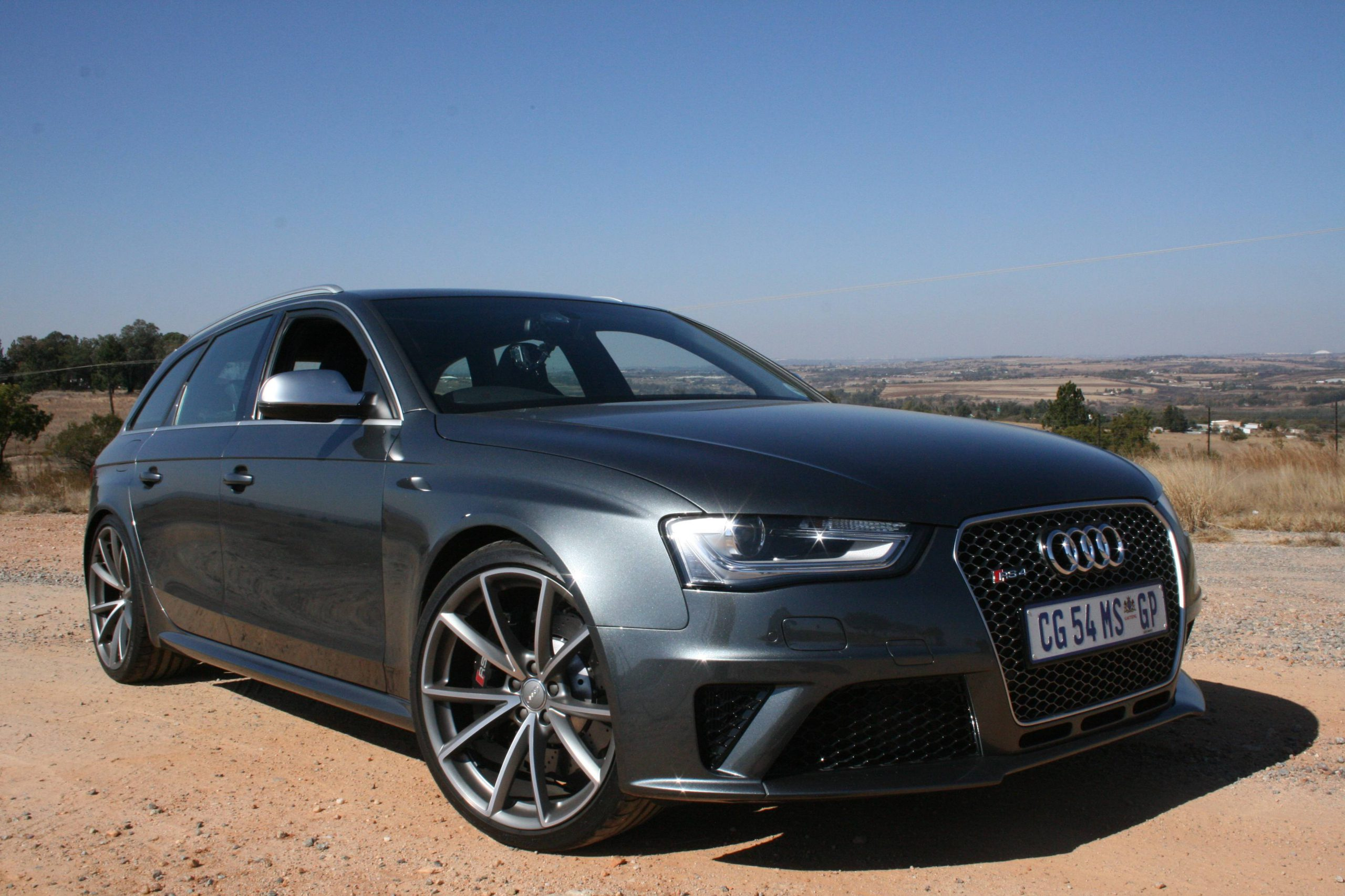 Review: 2013 Audi RS4 Avant