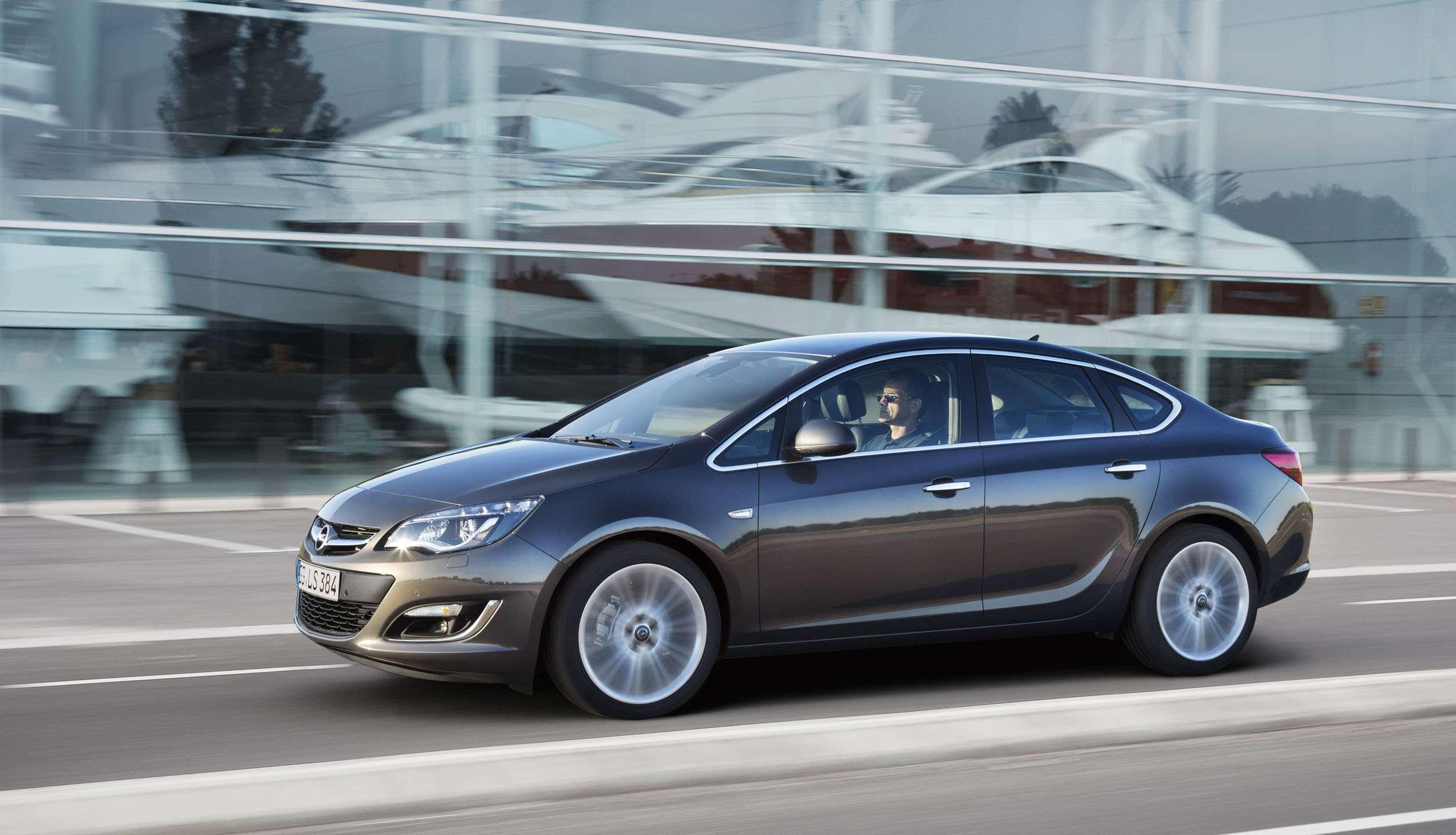 Opel Astra Sedan To Return