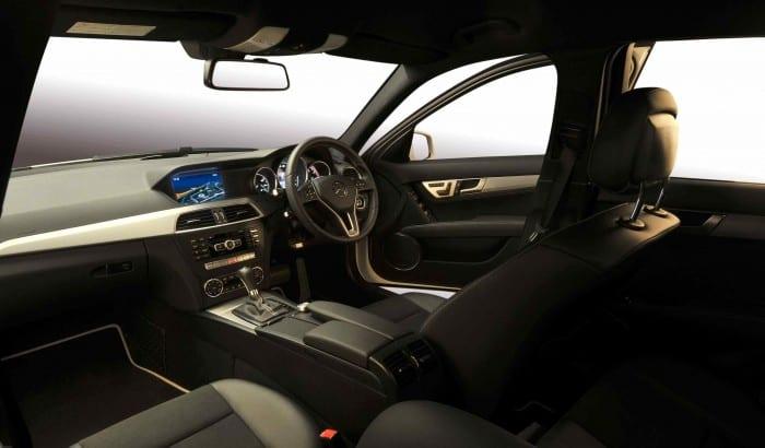 Mercedes-Benz C-Class interior - Surf4cars