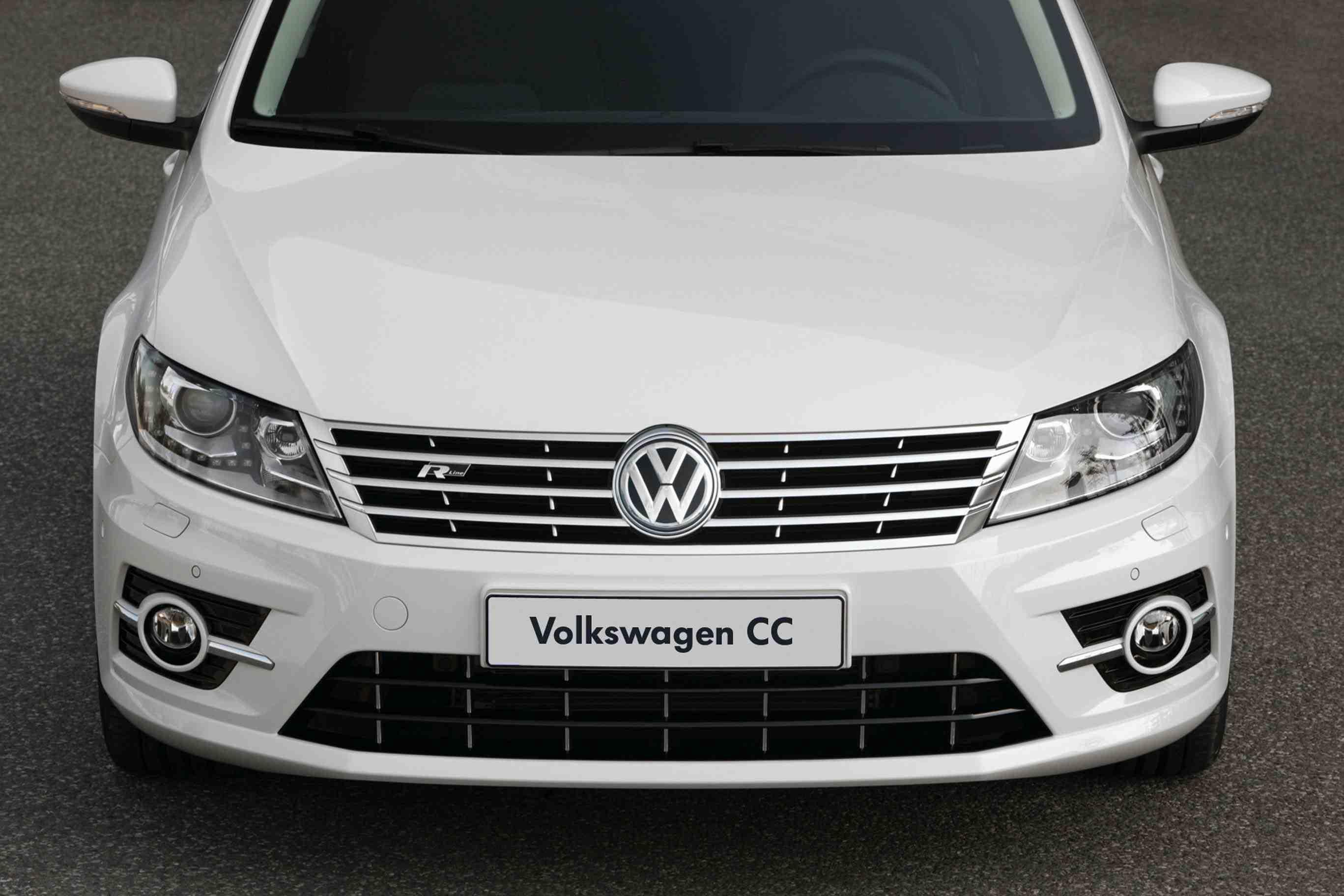 Volkswagen Douses Passat With R-Line Venom