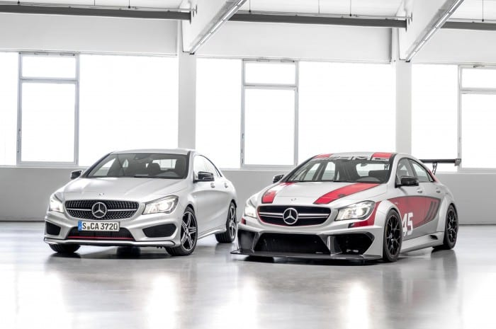 Mercedes-Benz CLA45 Racing Two Side - Surf4cars