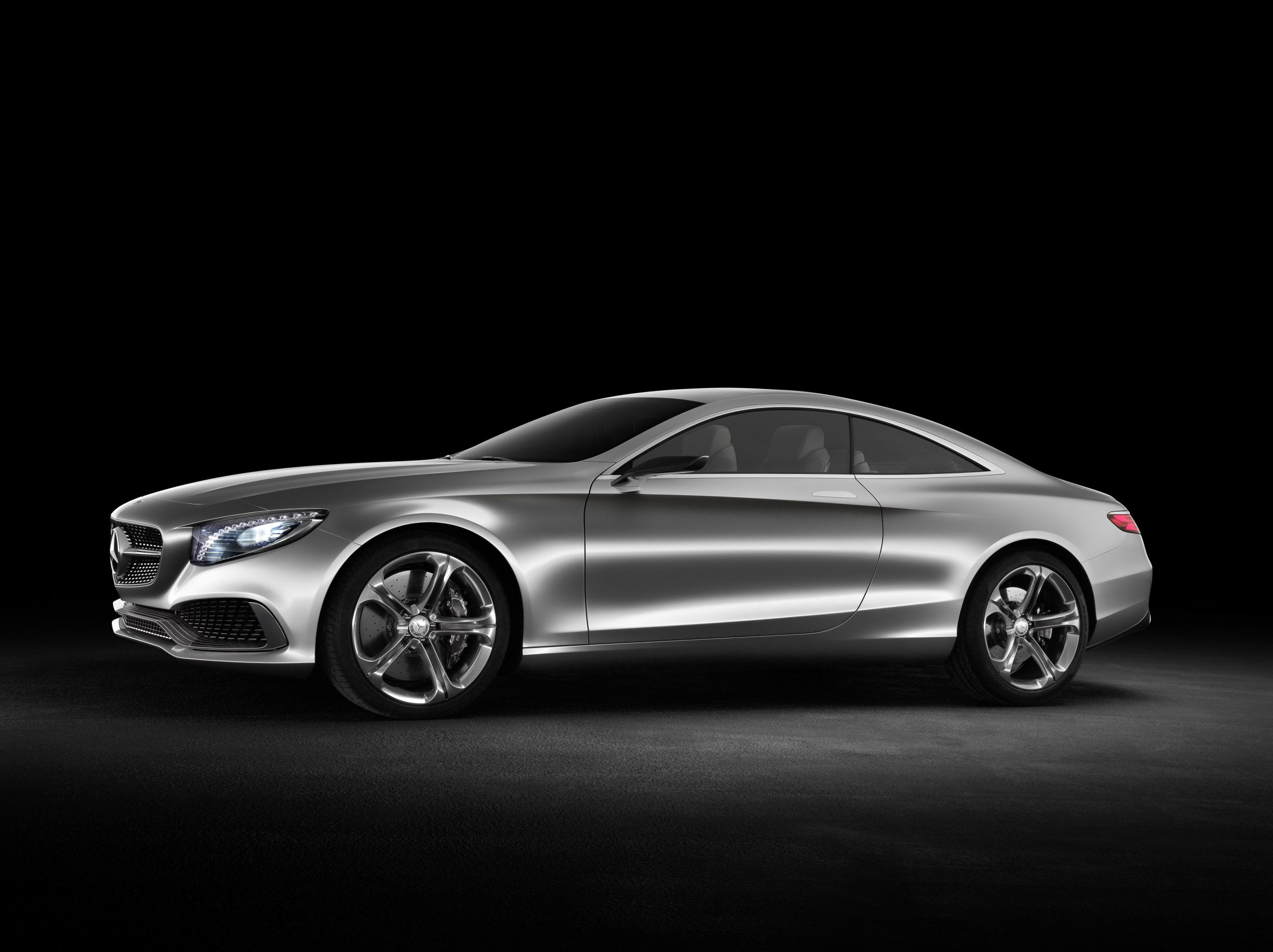 Mercedes Benz Premieres S Class Coupe Latest News Surf4cars