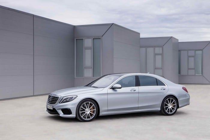 Mercedes-Benz S-Class side - Surf4cars