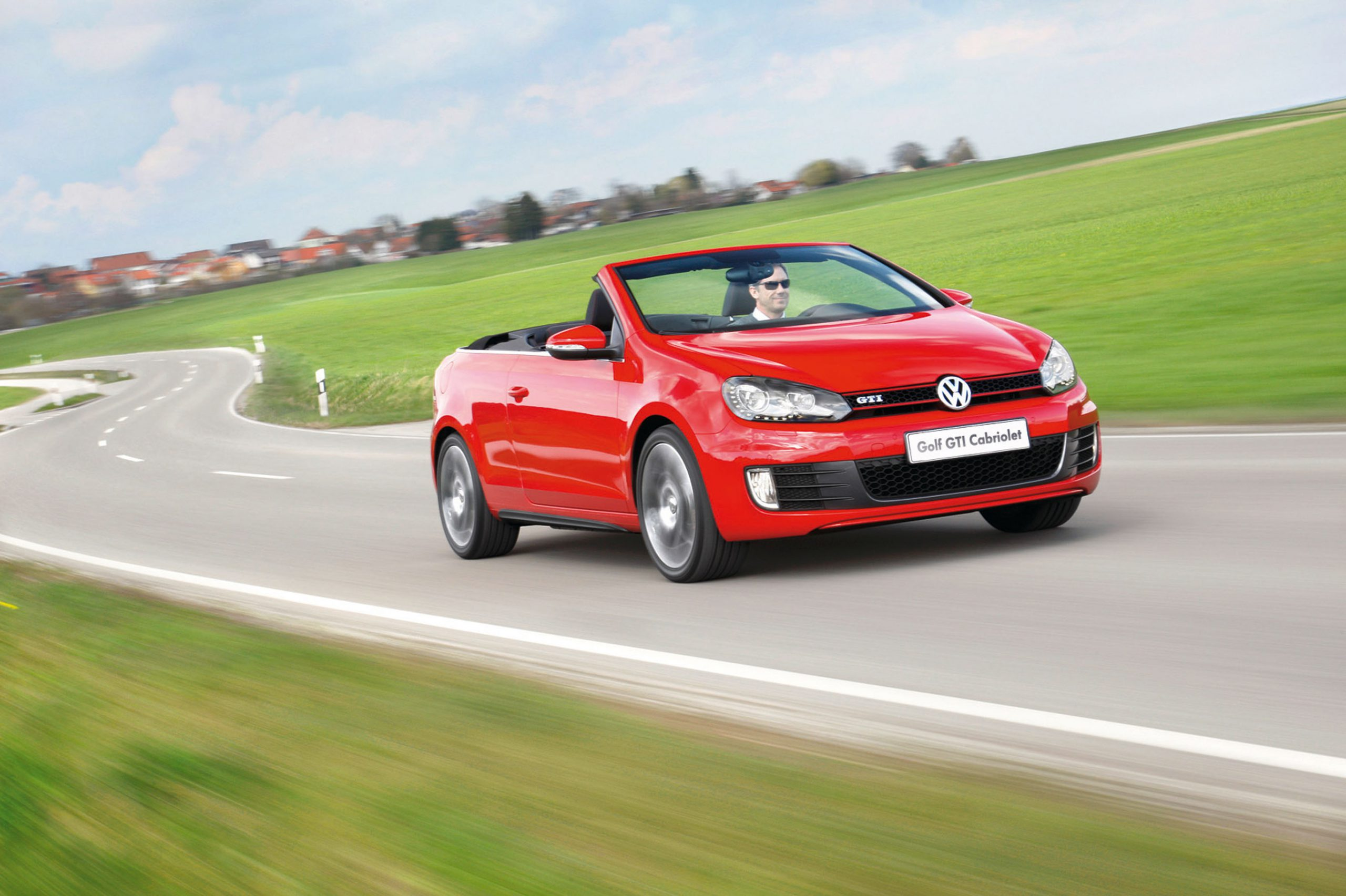 Volkswagen Golf 6 GTI Cabriolet (2013): New Car Review – Surf4cars