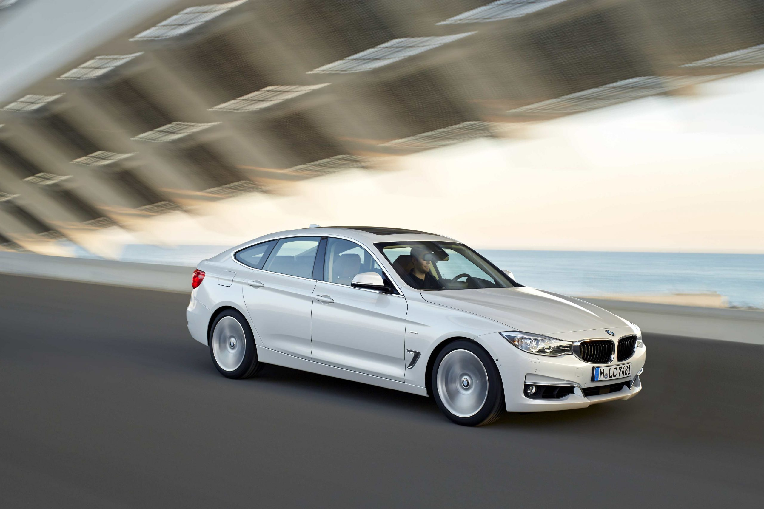 BMW 328i GT (2013): New Car Review – Surf4cars