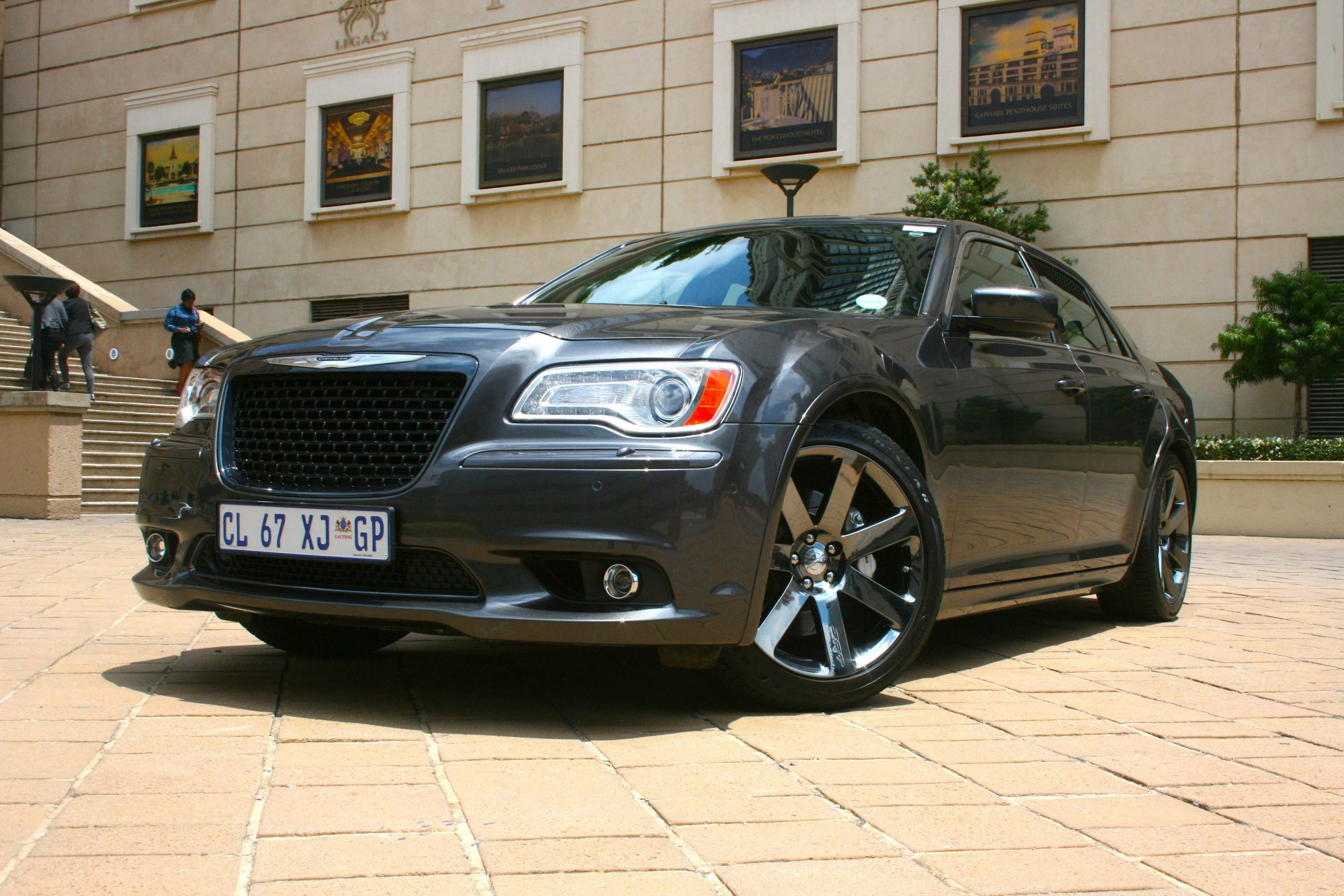 srt chrysler specs cars touring