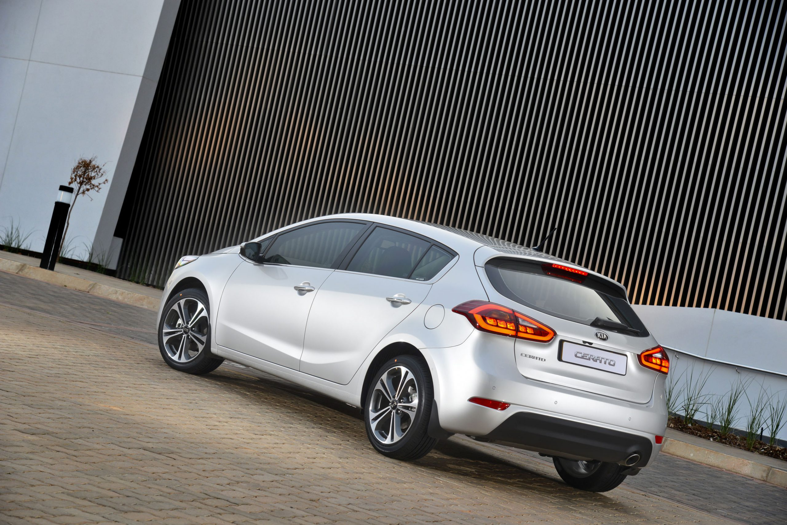 Kia Cerato Hatchback Lands: Latest News – Surf4cars