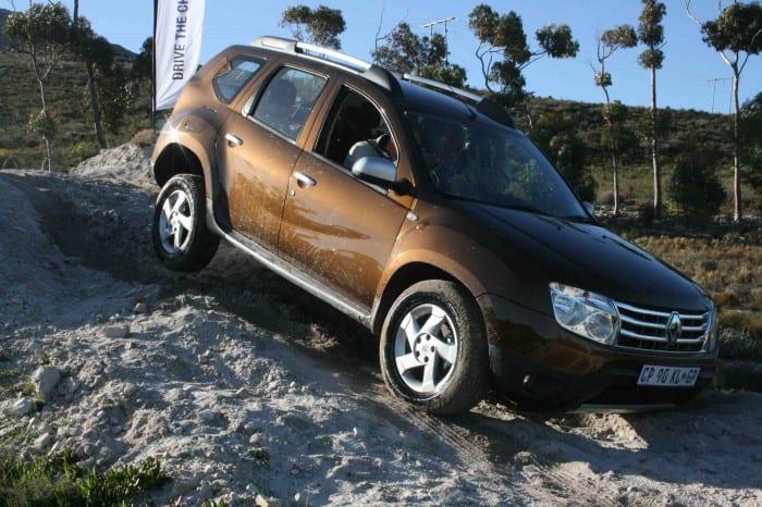 Renault Duster Side - Surf4cars