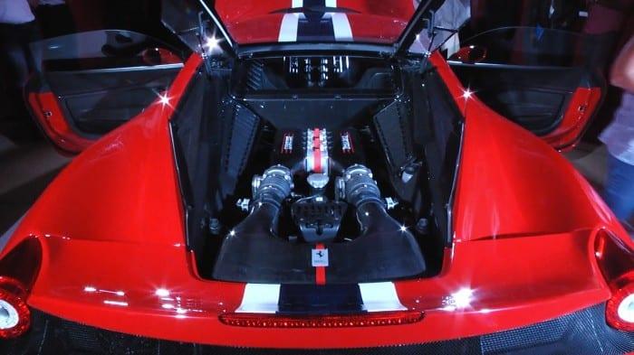 Ferrari 458 Speciale Engine - Surf4cars
