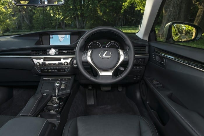 Lexus ES Interior - Surf4cars