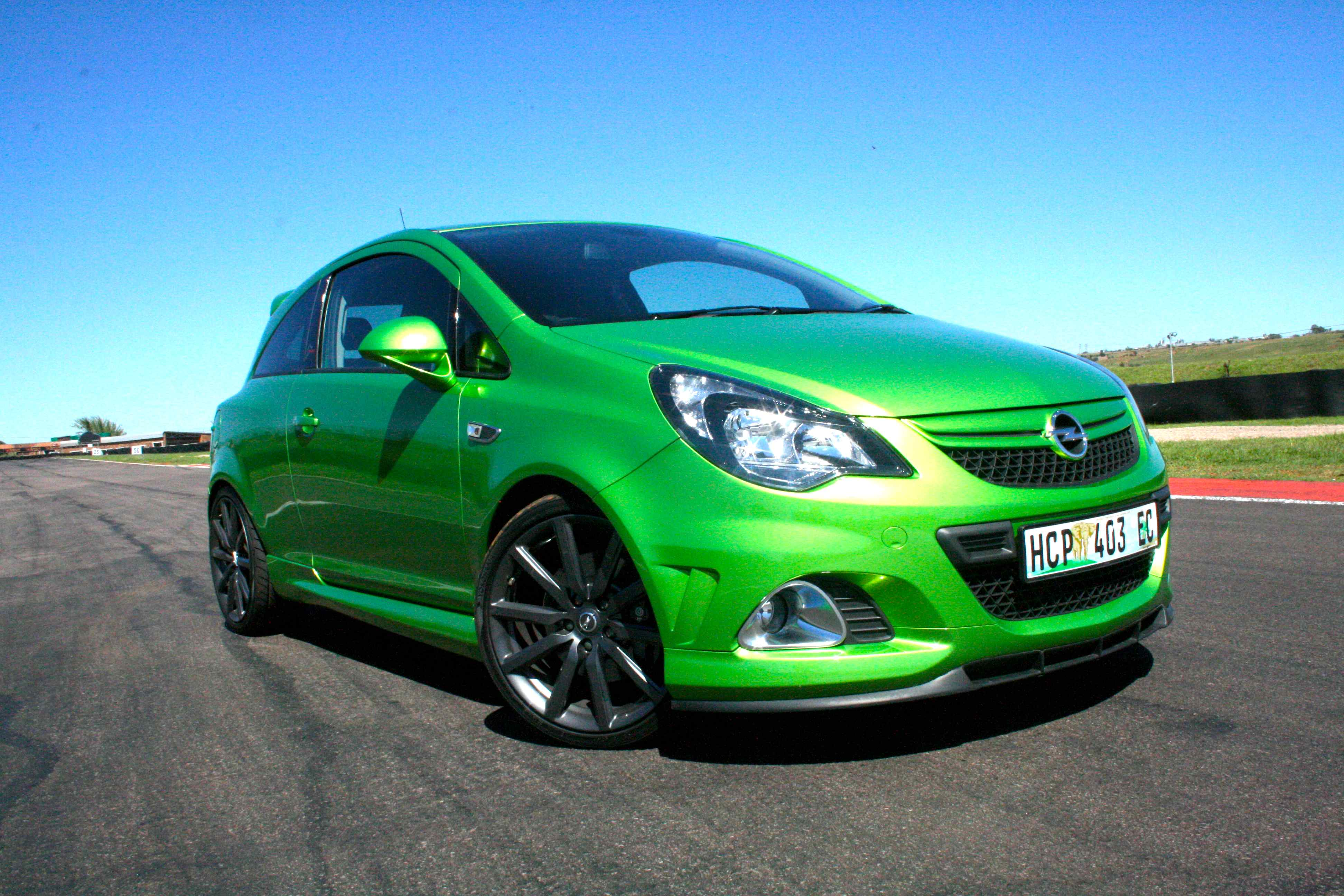 opel corsa opc n rburgring edition 2013 new car review surf4cars motoring. Black Bedroom Furniture Sets. Home Design Ideas
