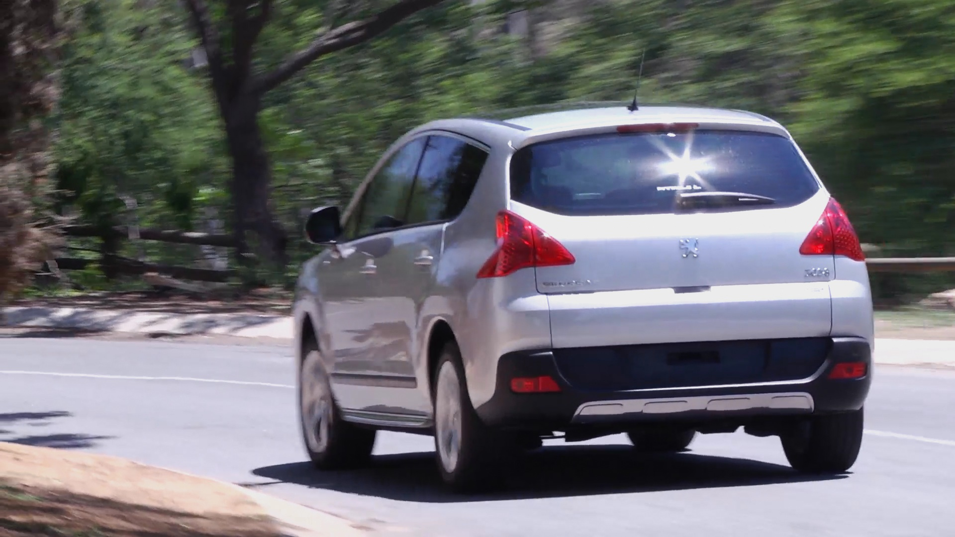 Peugeot 3008 2.0 HDI Executive (2012): Used Car Review – Surf4cars