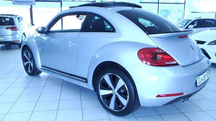 Volkswagen New Beetle Rear (2013) - Surf4cars