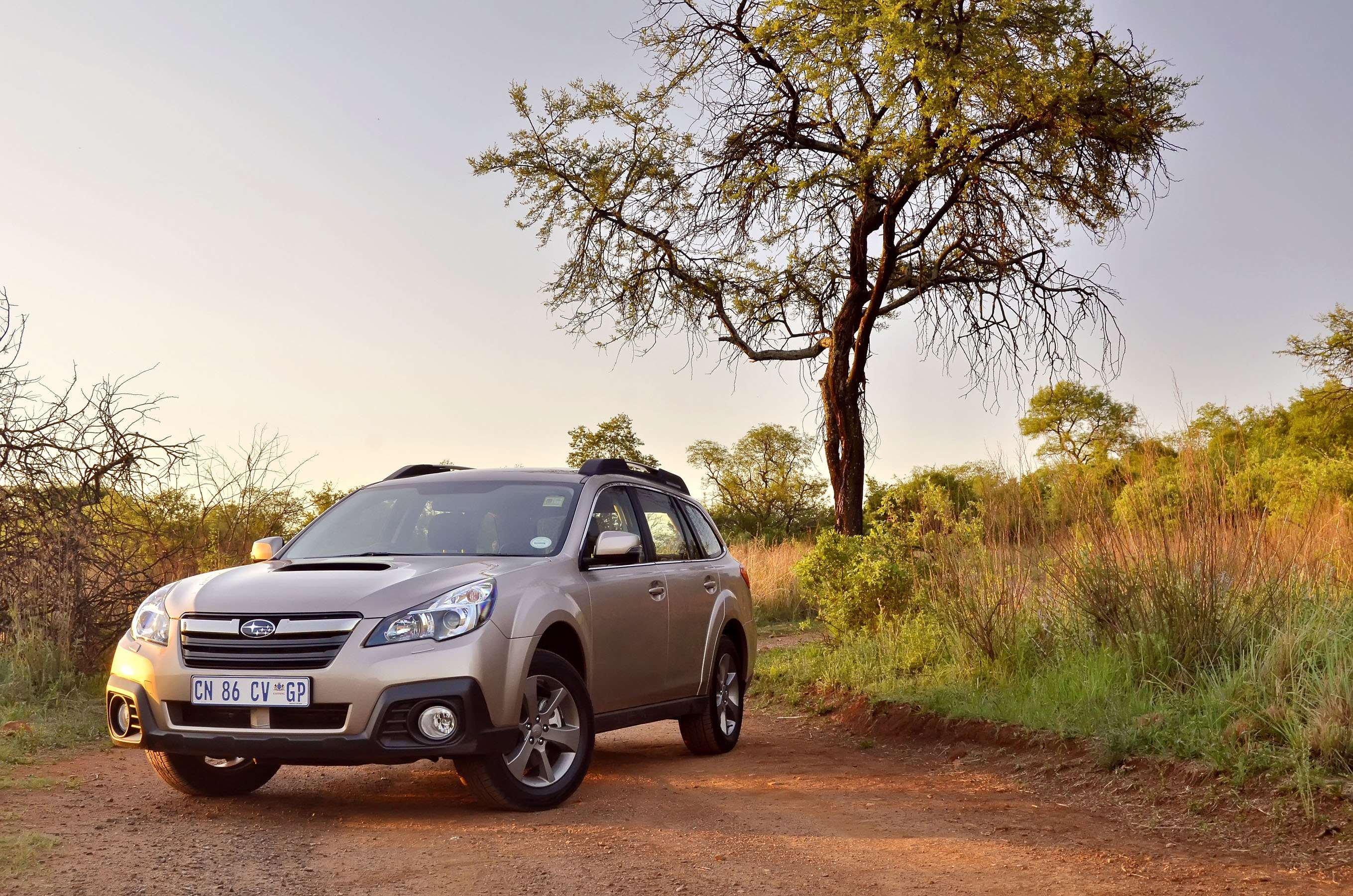 Subaru Outback 2.0D Premium (2013): Extended Test Introduction – Surf4cars