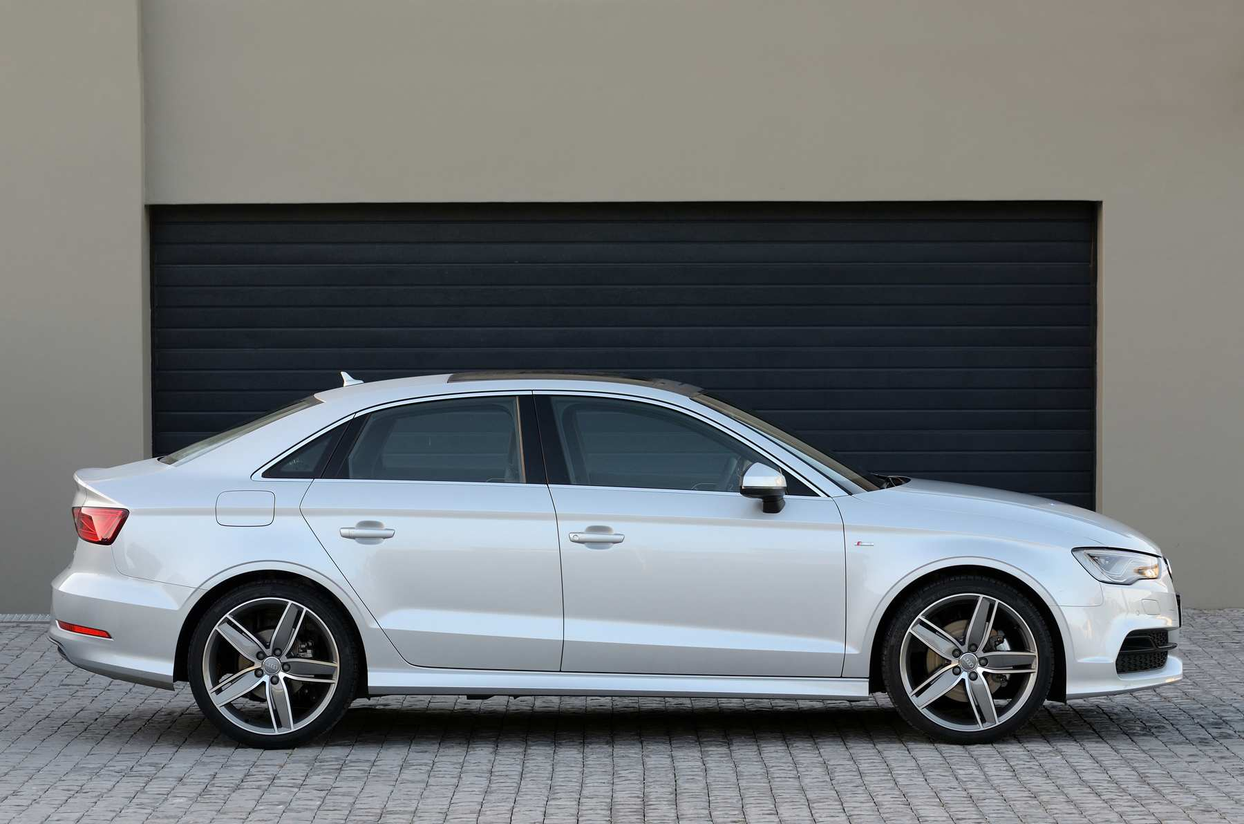Audi A3 Sedan 1.4 TFSI (2014): New Car Review