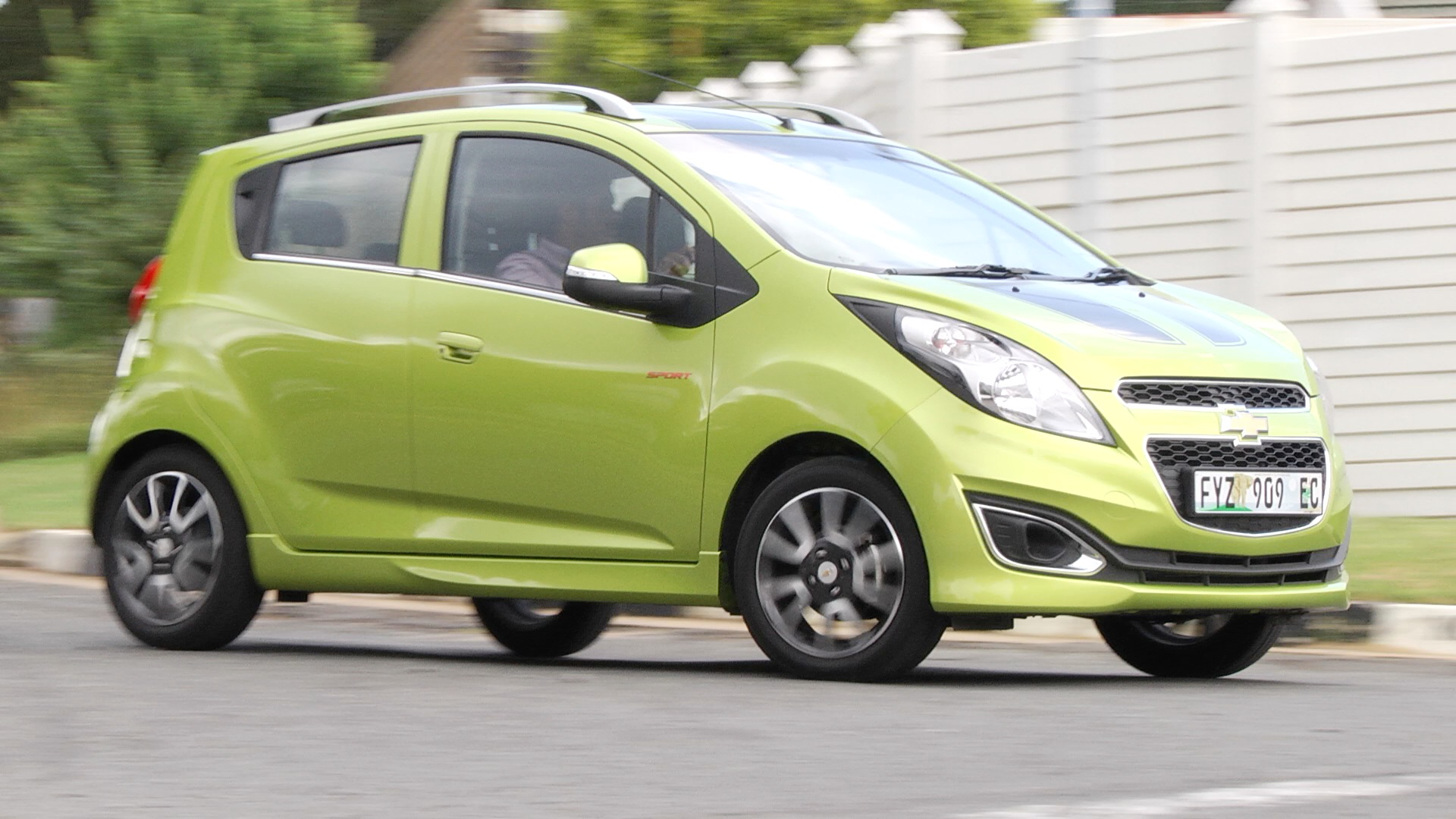 Chevrolet Spark LT (2014): New Car Review