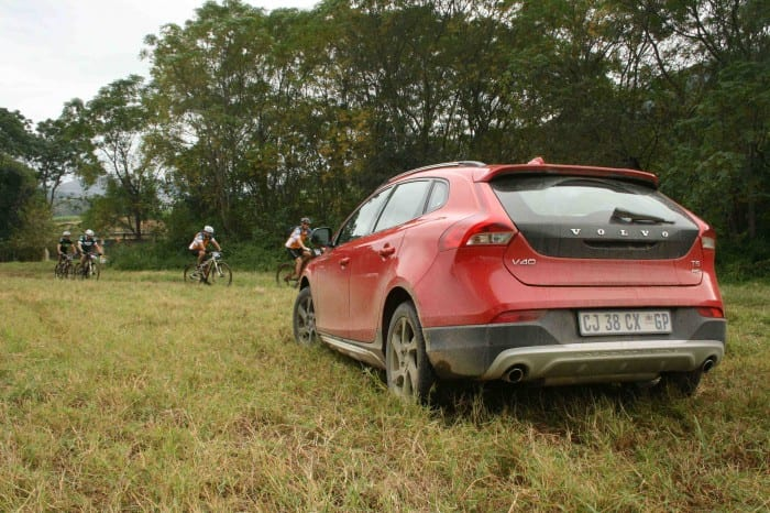 Volvo V40 - Surf4cars