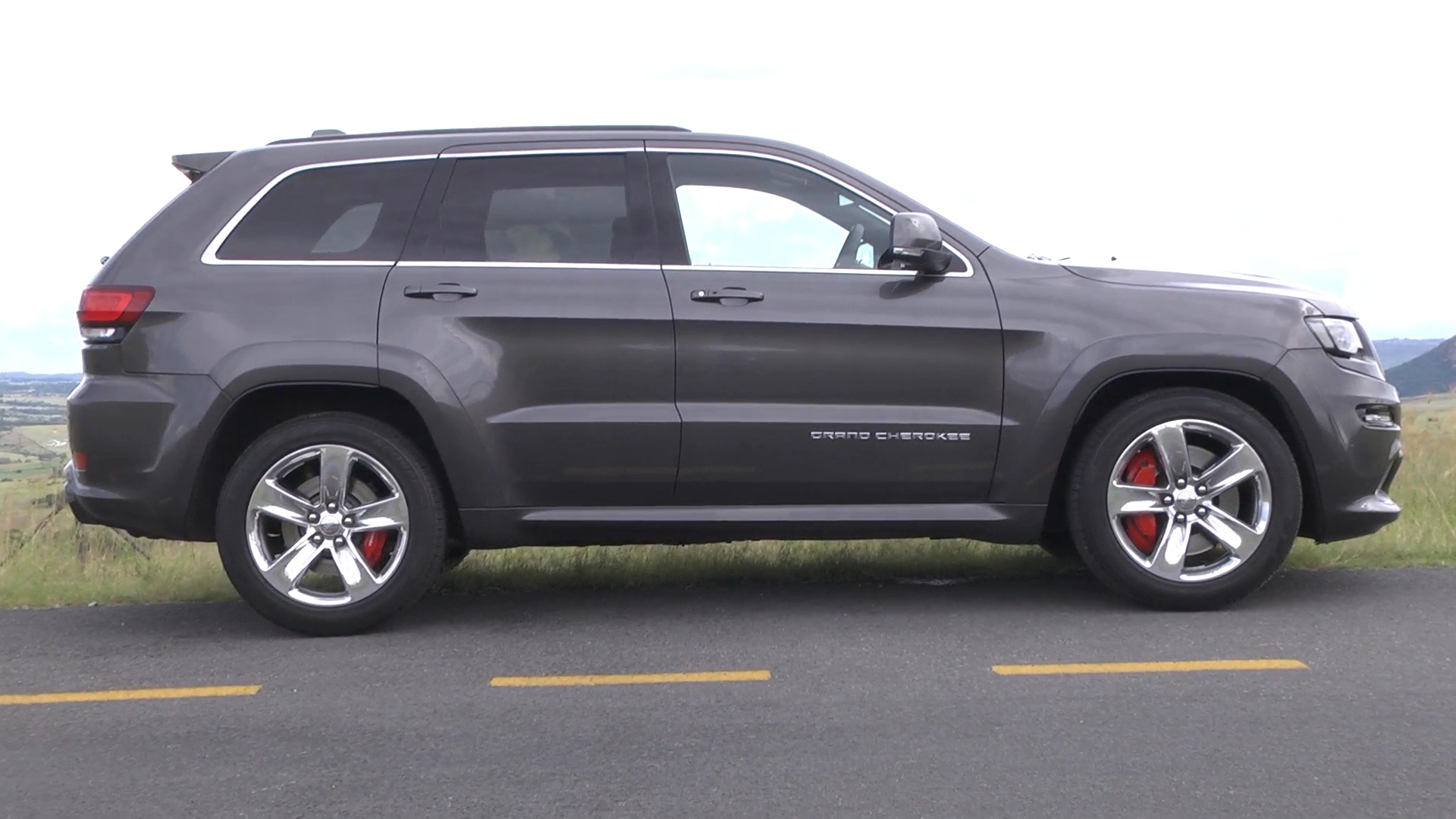 Jeep Grand Cherokee SRT (2014): New Car Review
