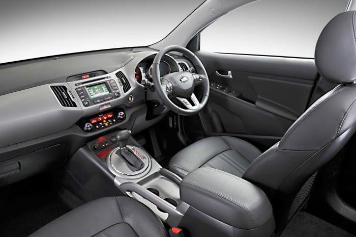 Kia Sportage Interior - Surf4cars