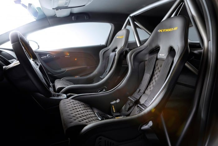 Opel Astra OPC Extreme Interior - Surf4cars