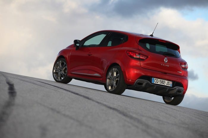 Renault Clio RS Rear Side - Surf4cars