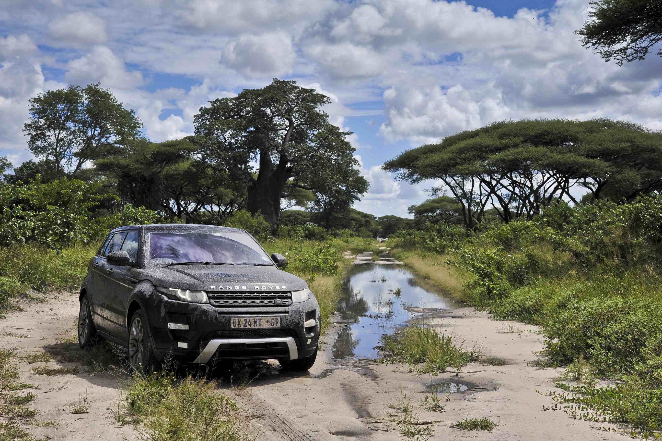 Land Rover Updates Evoque And Discovery: Latest News