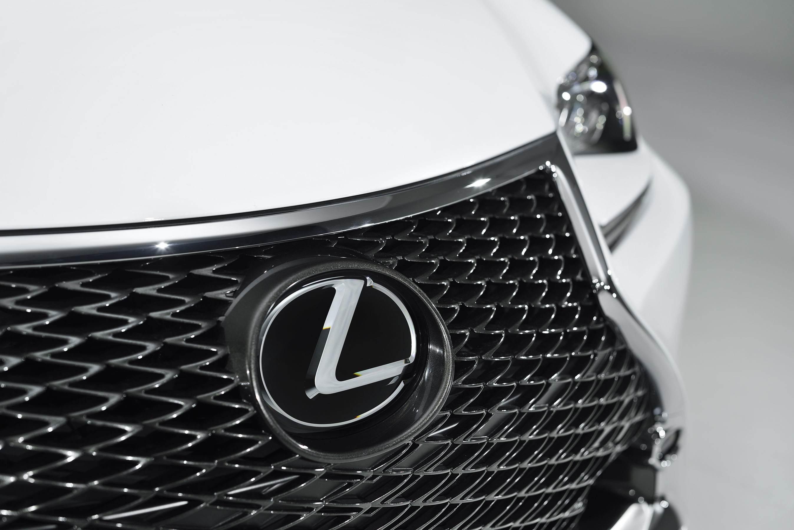 Lexus Unveils Feistier 4-Series Rival: Latest News