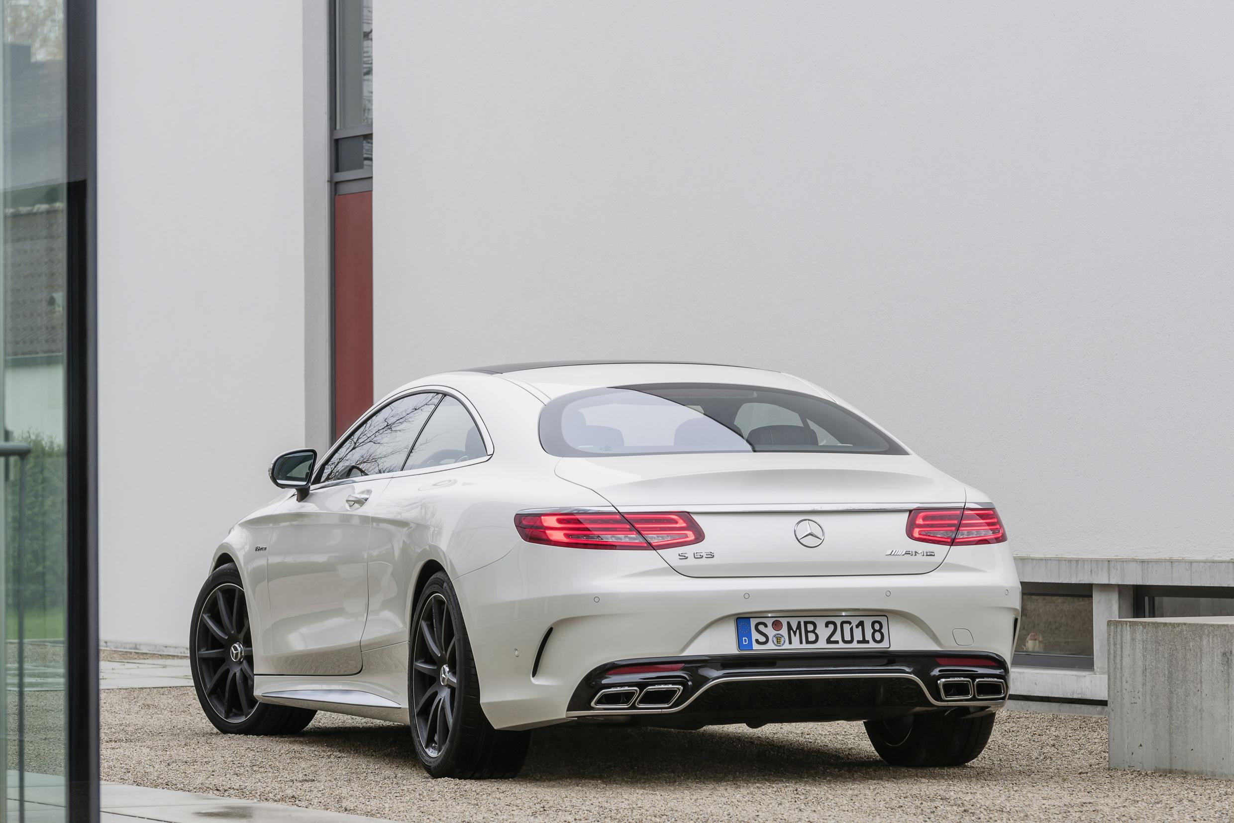 New S63 AMG Coupe Breaks Cover: Latest News
