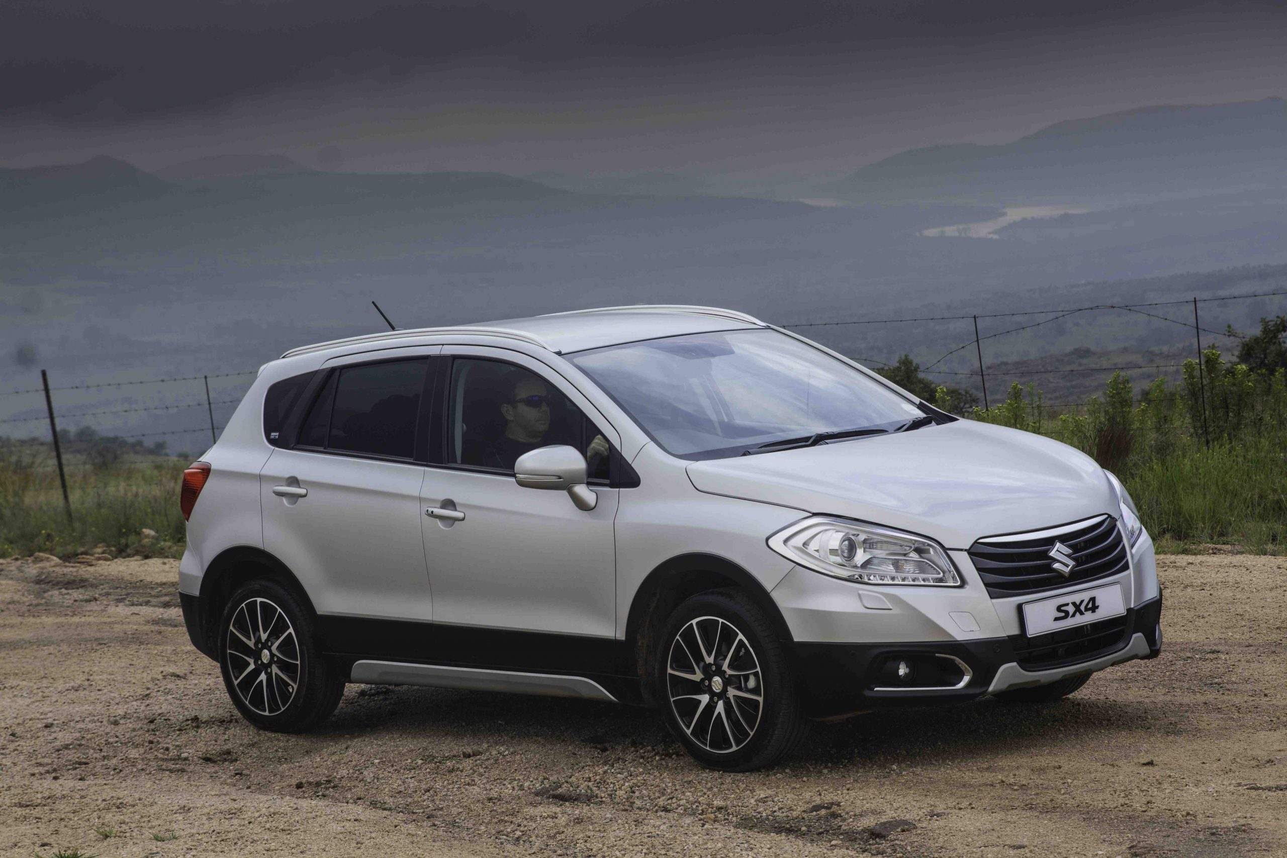 Suzuki SX4 (2014): Launch Drive